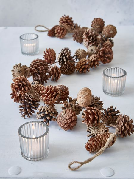 Pine Cone Garland Nordic House