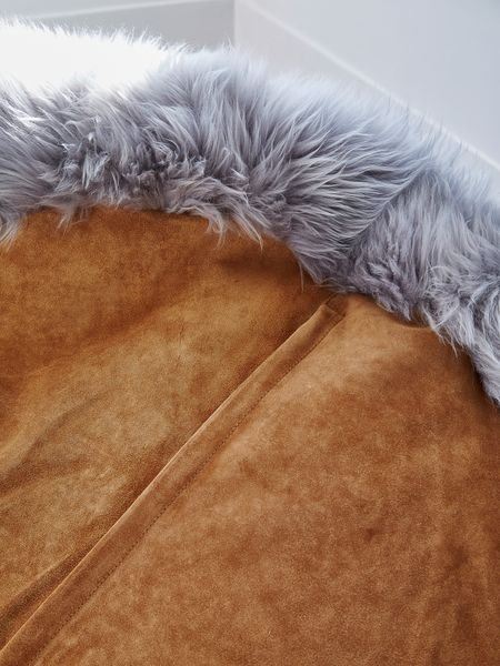 Luxurious Sheepskin Bean Bag Lt Grey