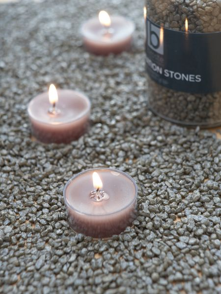 Dark Linen Candle Gravel