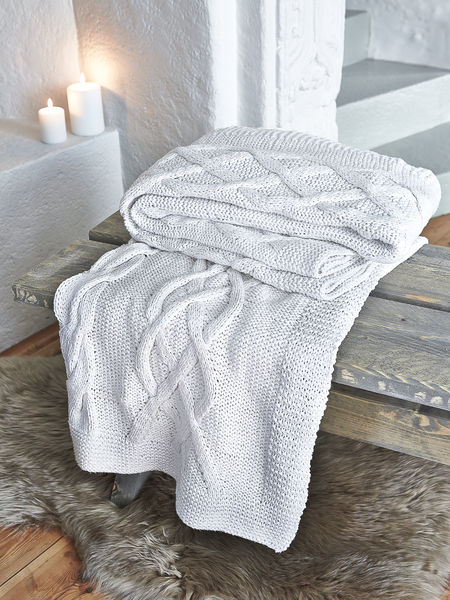 White Cable Knit Throw