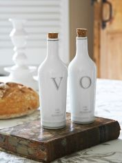 White Ceramic Oil & Vinegar Set