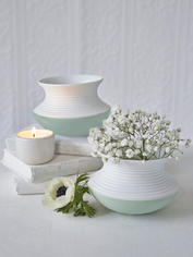 Porcelain Wobble Vase - Mint Green